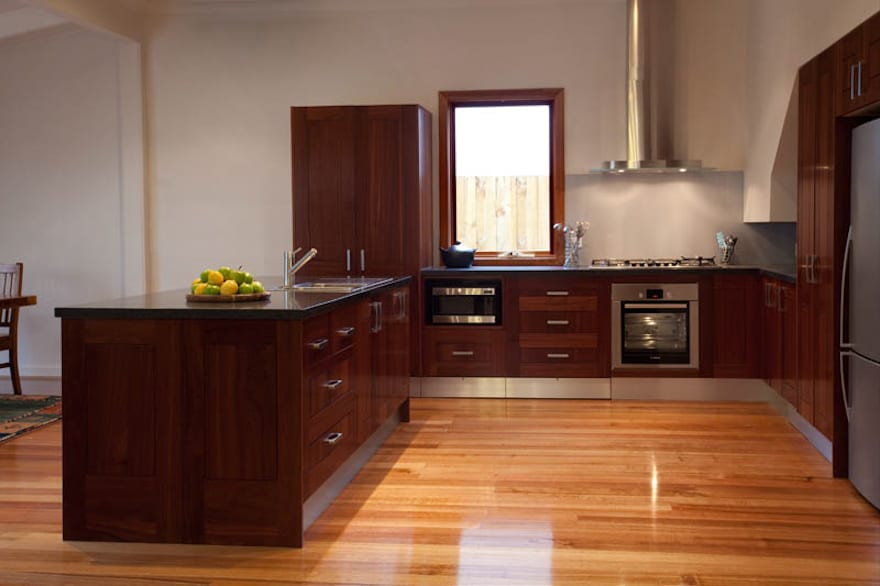 Timber Kitchen Gallery - Direct Kitchens