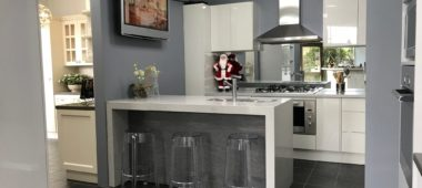 KITCHEN  SHOWROOM MAKEOVER IN BAYSWATER